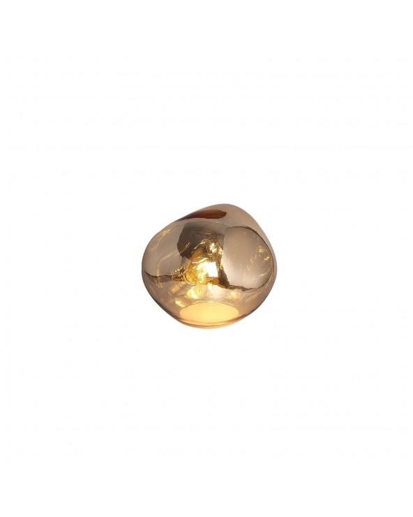 Lámpara de mesa dorada...